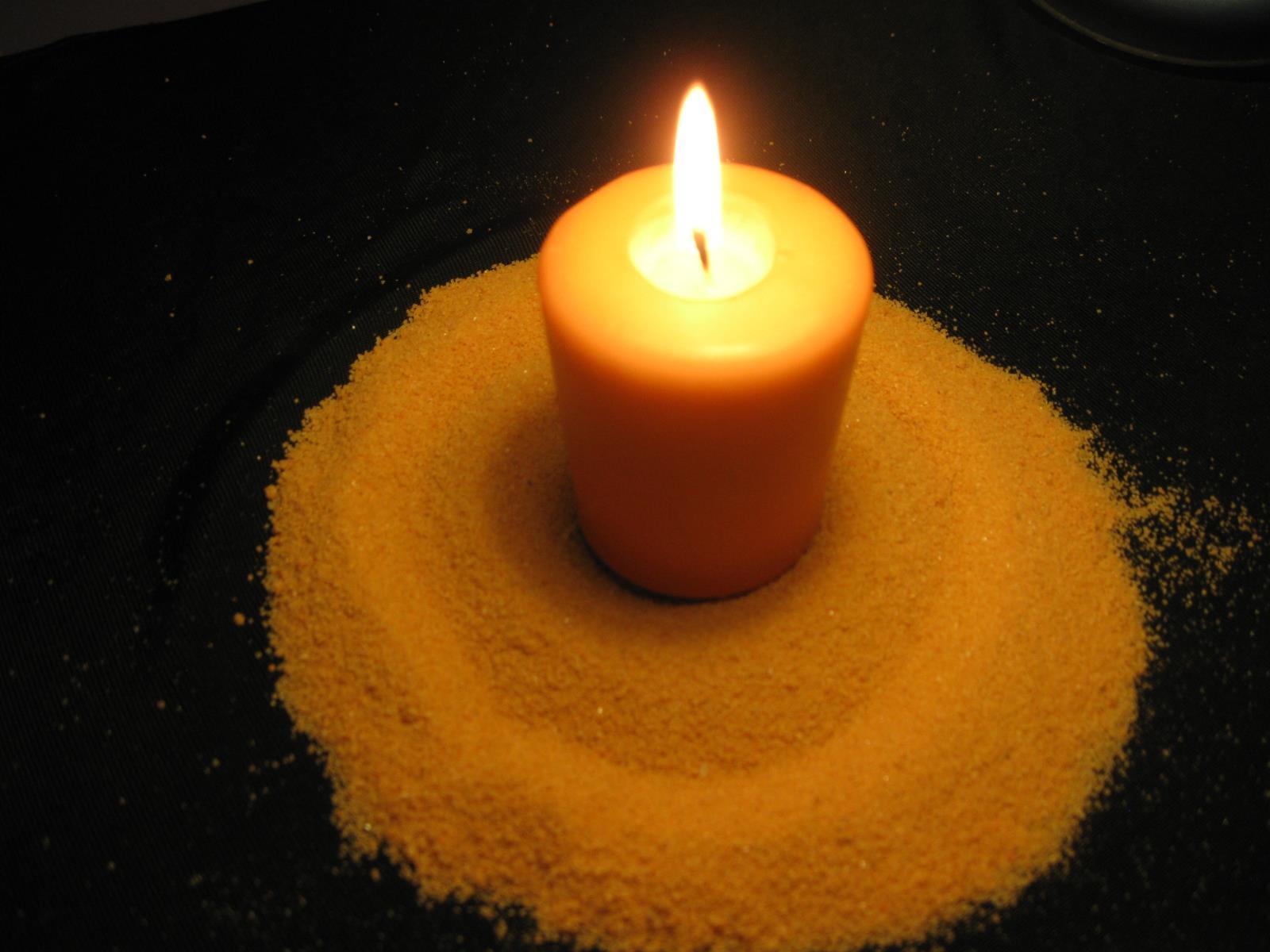 Encender velas como se usan las velas en la magia velas magicas rituales con velas cosas de - Velas de la suerte ...
