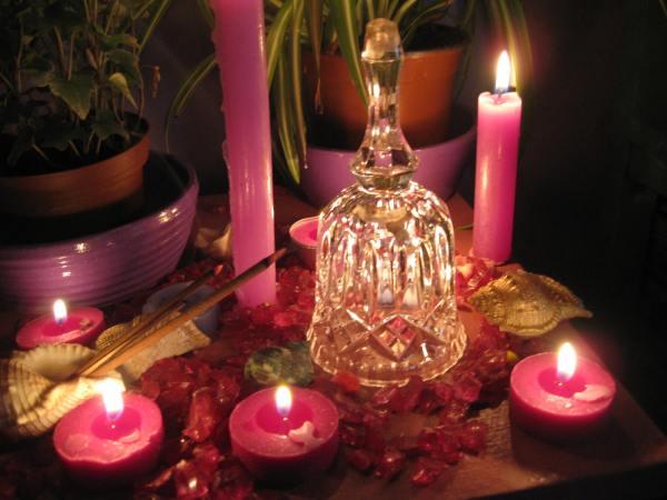 Las campanillas de cristal para invocar la presencia de las Hadas