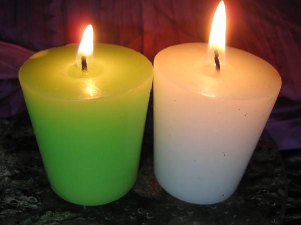 La Vela verde, simbolo de la Diosa Deva, La vela blanca, simbolo de la Diosa Ariadna
