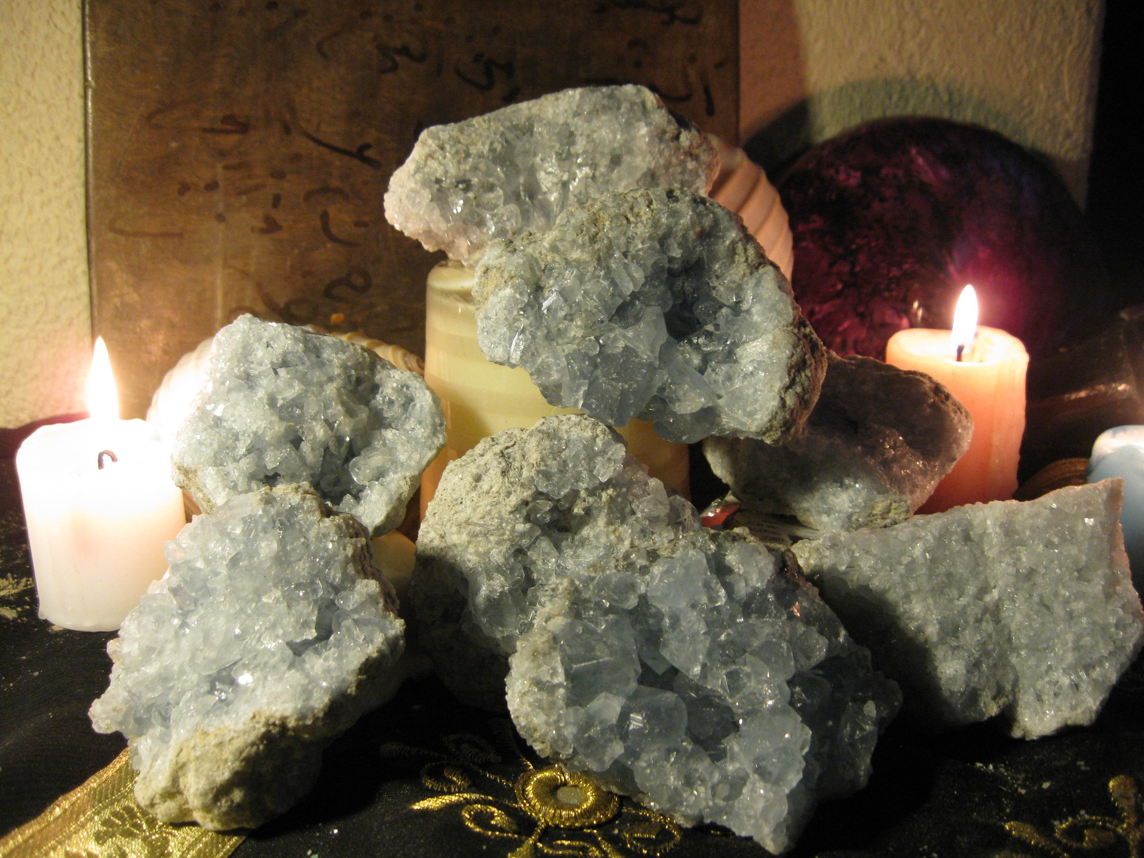 La piedra del trabajo y el dinero la piedra poderosa para - Cosas para atraer el dinero ...