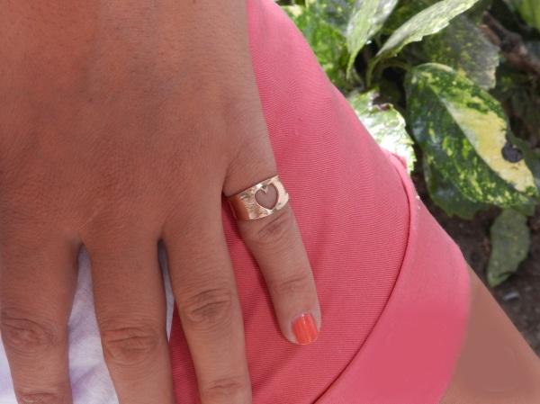 Anillo-oro-rosa-para-el-dedo-meñique-2 copia