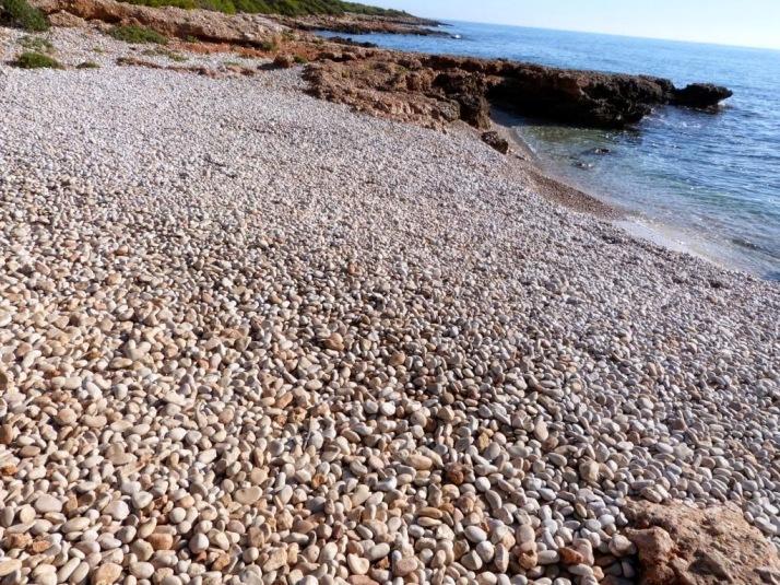Playa de cantos rodados (Serra d'Irta)